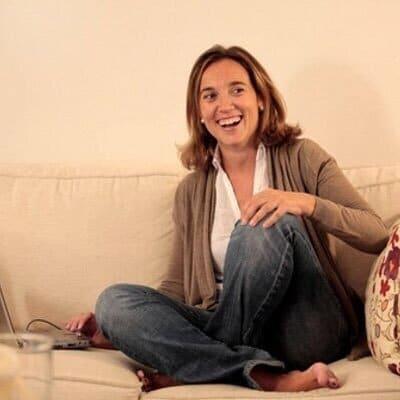 Photo of La Alcaldesa de Logroño, Cuca Gamarra manifiesta a través de las redes sociales su apoyo a Soraya Sáenz de Santamaría.