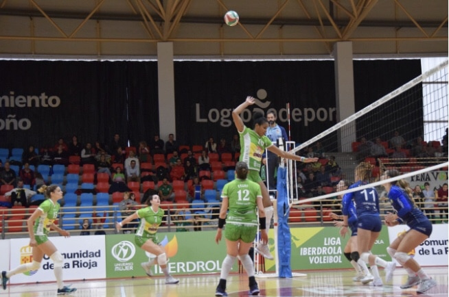 Photo of Victoria del Minis de Arluy en la despedida de la liga regular en Lobete.
