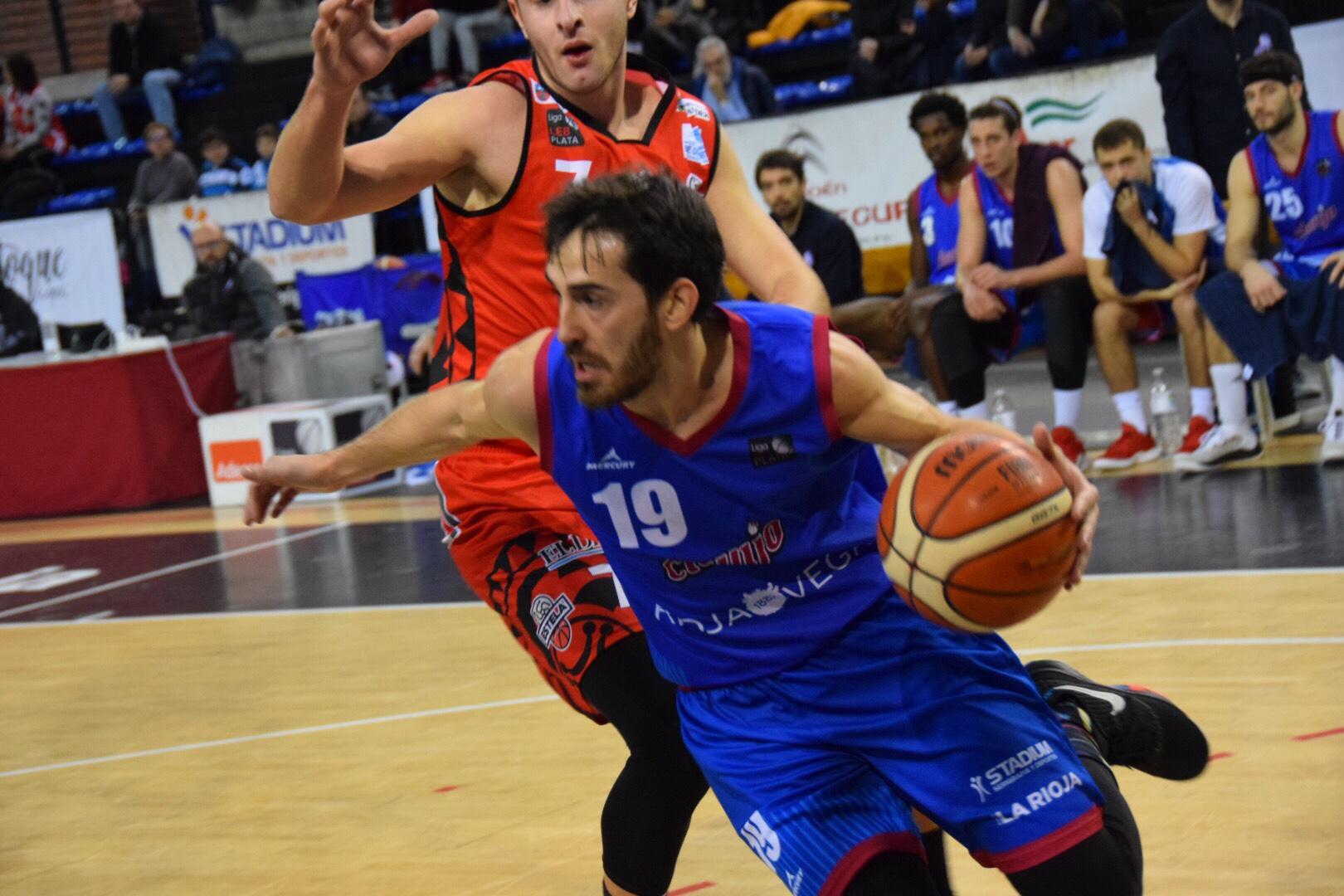 Photo of El Bodegas Rioja Vega vuelve a ganar y lo hace ante el líder.