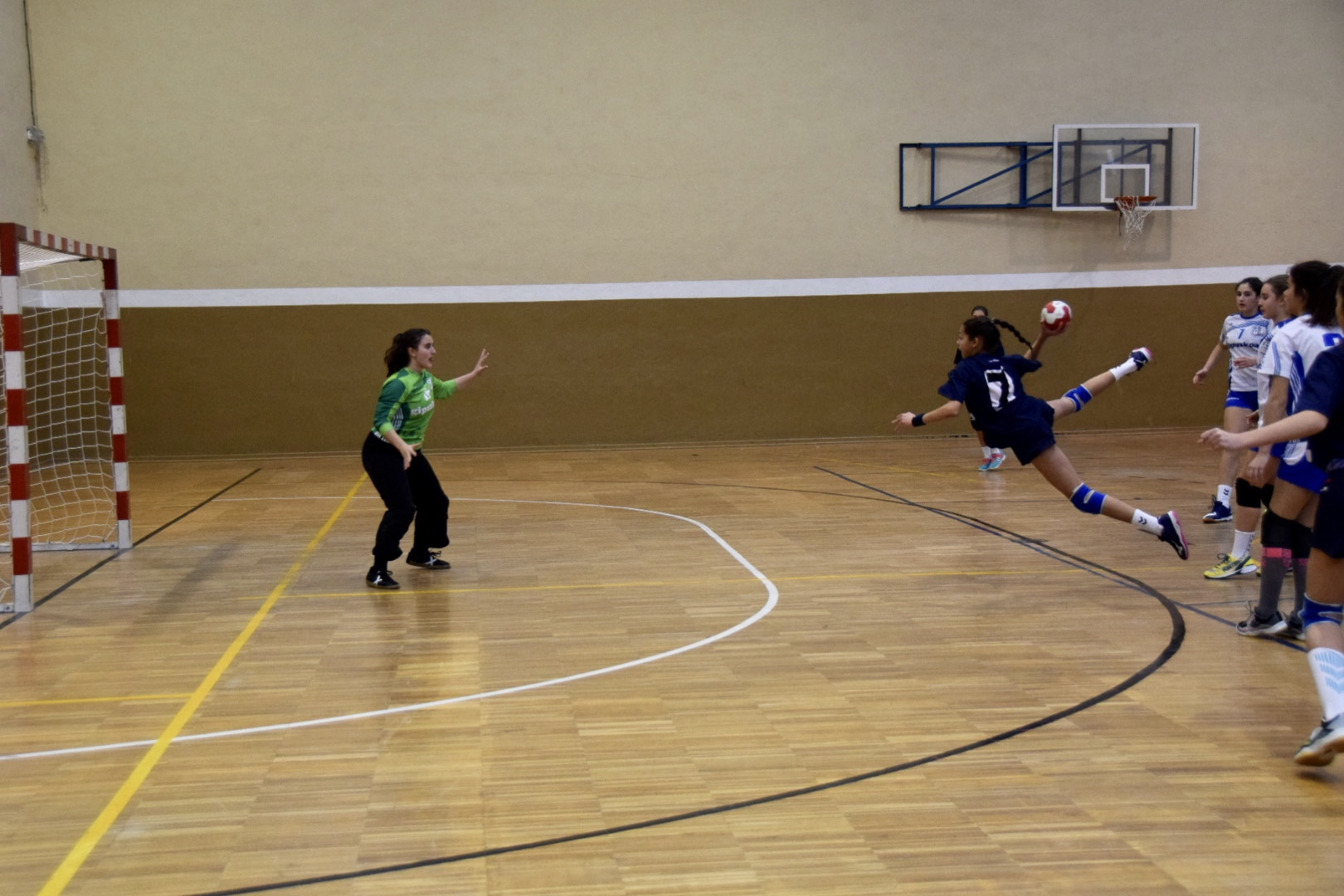 Photo of Autol sigue fiel a su cita con el balonmano