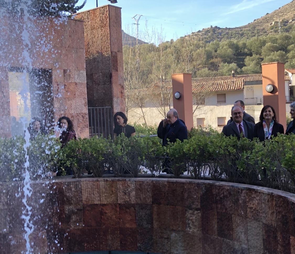 Photo of La presidenta del gobierno Concha Andreu visita el Balneario de Arnedillo