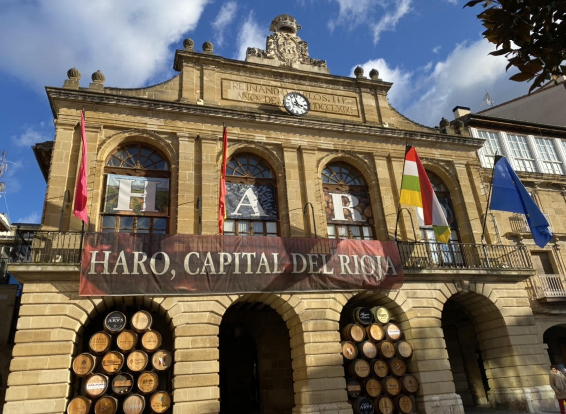 Photo of El Gobierno de La Rioja cede dos inmuebles al ayuntamiento de Haro para el traslado de la ludoteca municipal