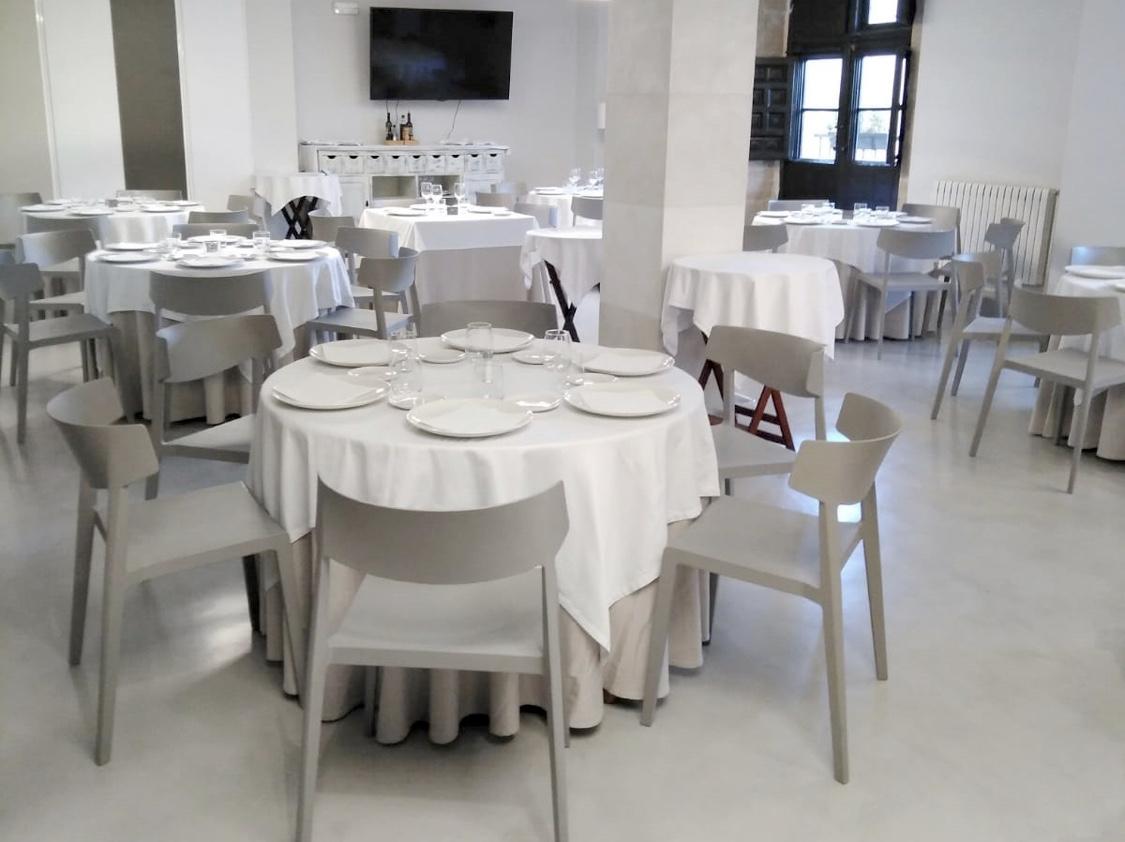 Photo of 85 menús solidarios de la Escuela de Hostelería y Turismo de La Rioja en el XXV aniversario del Banco de Alimentos de La Rioja