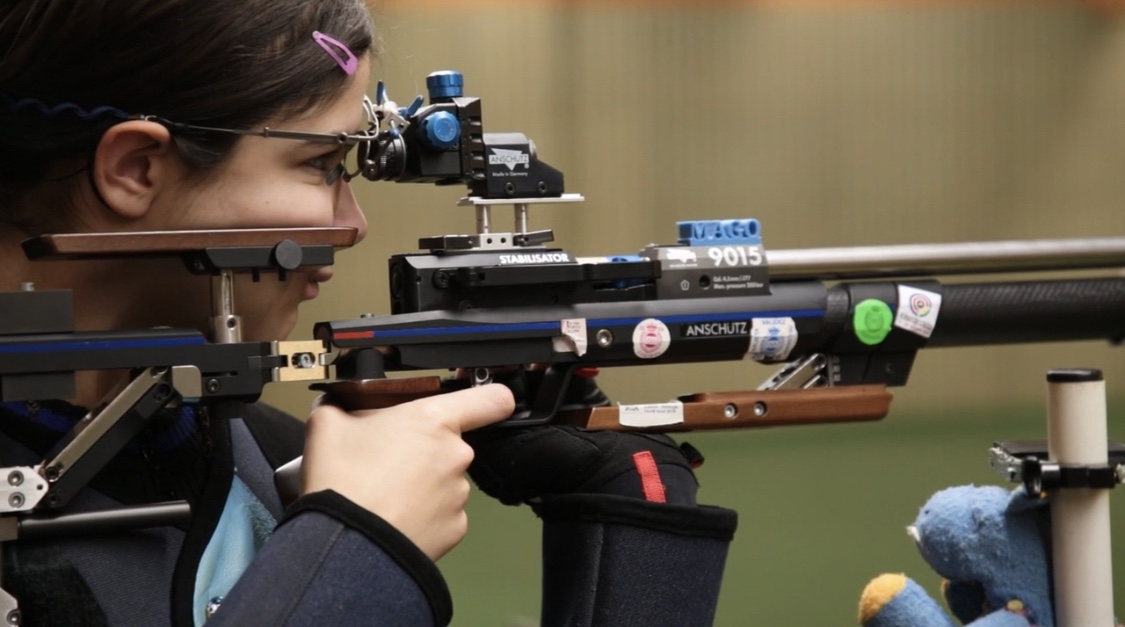 Photo of La tiradora Marina Gónzalez Mazo logra una beca de tiro olímpico en Alaska