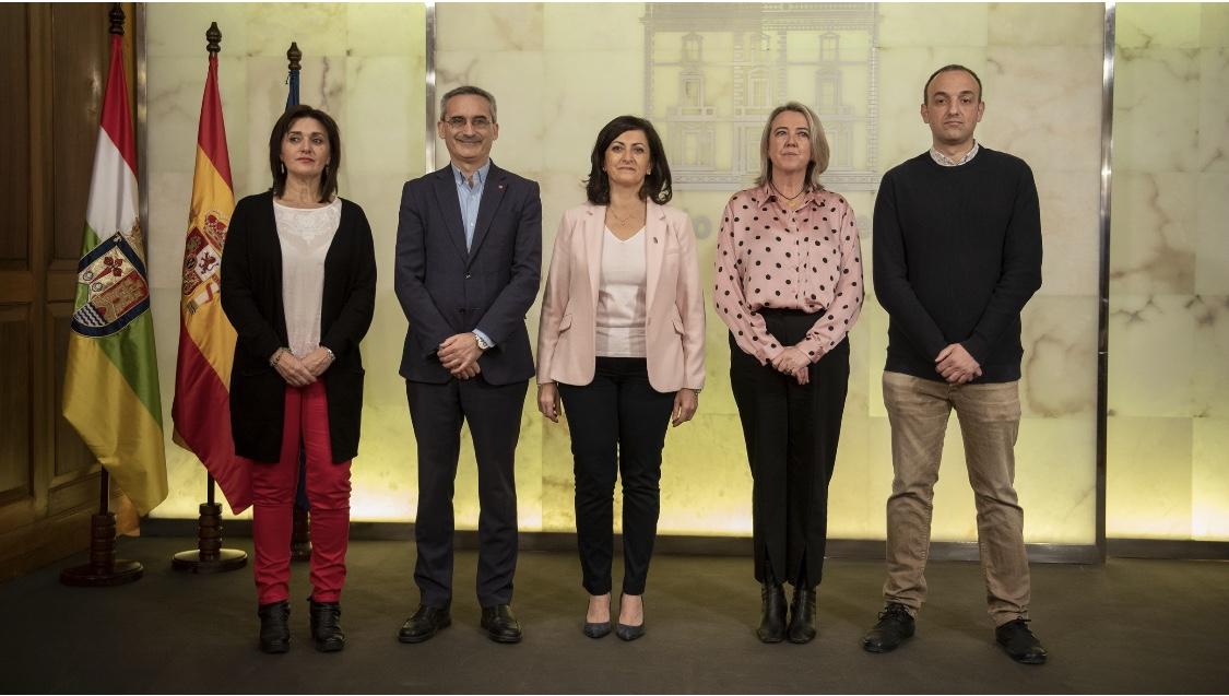 Photo of El Gobierno de La Rioja y la UR, juntos frente al reto demográfico y la despoblación