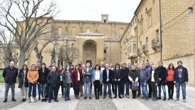 Photo of El Ejecutivo regional se reúne con los alcaldes de la zona de Haro para analizar las necesidades de la comarca