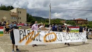 Photo of Aldealobos se manifiesta contra el parque eólico